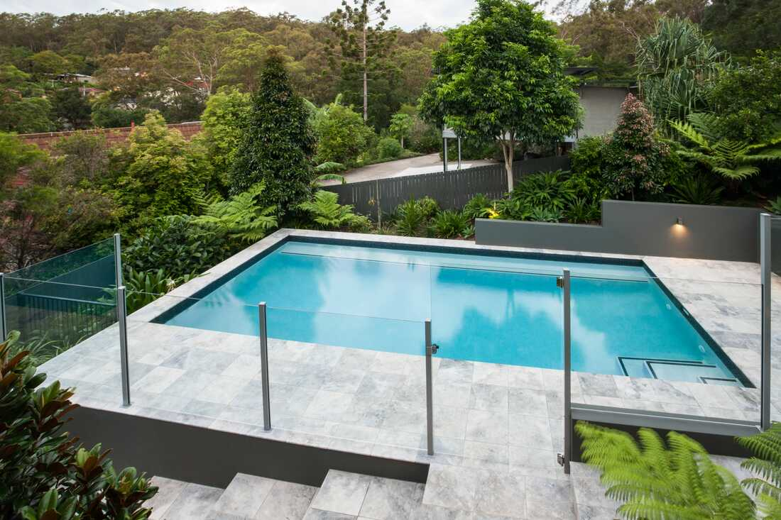 Swimming Pool Gate and Fence Contractor - WOLLONGONG FENCING ...